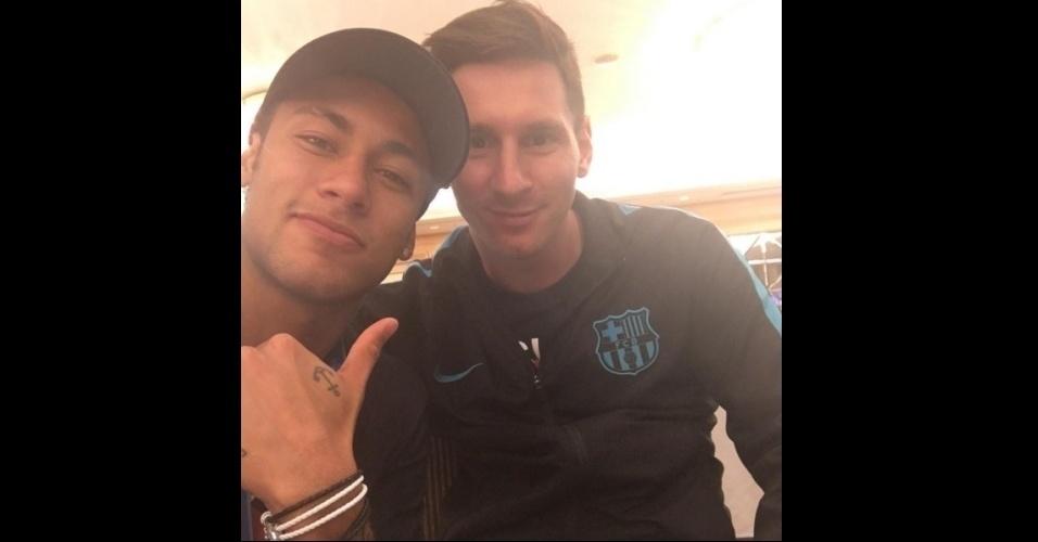 Neymar posta foto com Messi após título do Barcelona no Mundial de Clubes: