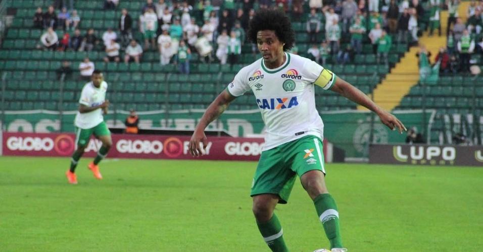 Chapecoense bateu o Botafogo por 2 a 1 em casa