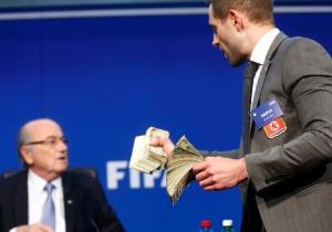 Arnd Wiegmann/Reuters