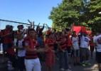 Após protesto na Gávea, presidente do Fla recebe membros das organizadas