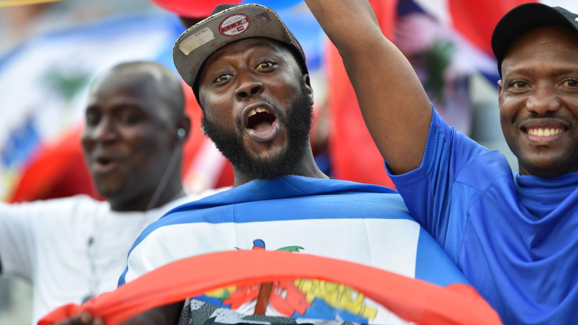 Torcida do Haiti faz festa em jogo contra o Brasil pela Copa América Centenário