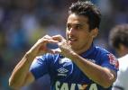Robinho vislumbra Cruzeiro na Libertadores 2017. Mano adota cautela