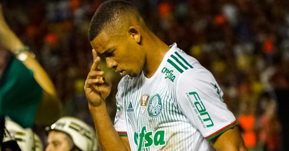 Gabriel Jesus é decisivo em jogo do Palmeiras