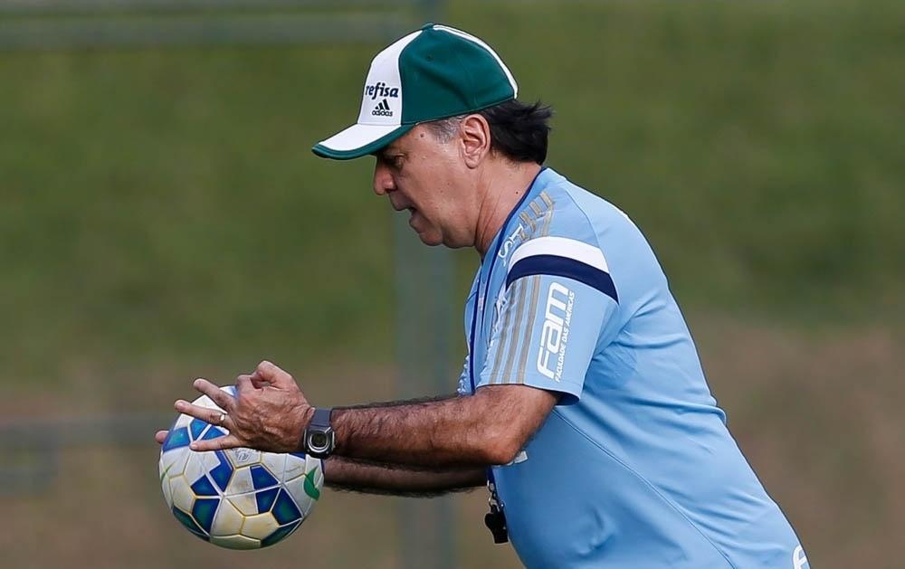 Marcelo Oliveira durante treinamento do Palmeiras em Atibaia