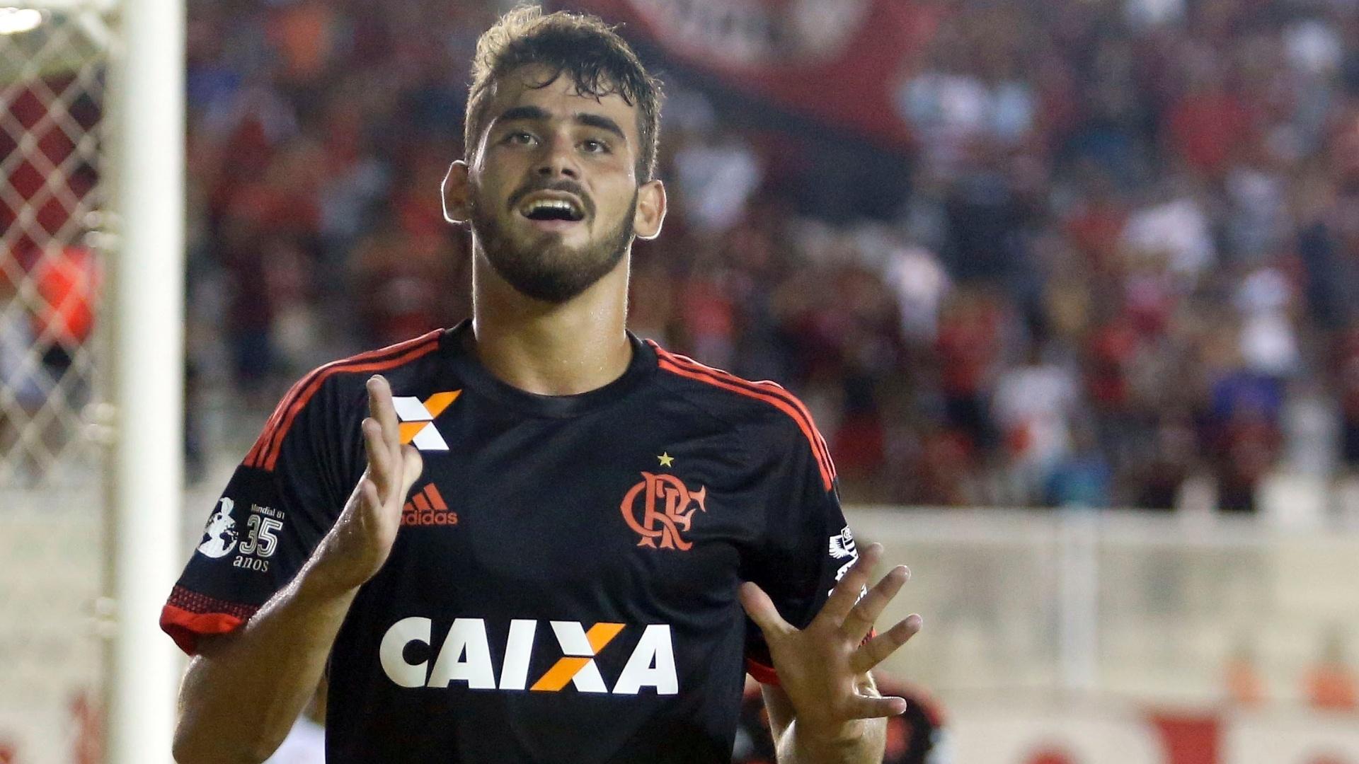 Felipe Vizeu comemora o seu gol pelo Flamengo contra a Cabofriense