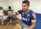 Denílson elogia estrutura do Cruzeiro: