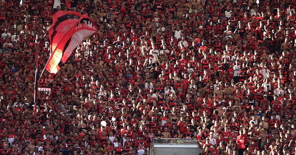 Torcida do Flamengo lotou Maracanã para a partida contra o Santos