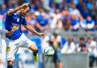 Legião de estrangeiros muda rotina do Cruzeiro e volante se torna tradutor - Fred Magno/Light Press/Cruzeiro
