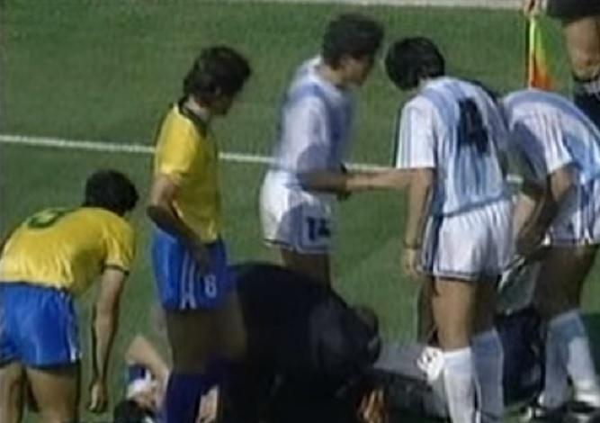 Branco bebeu água batizada durante o confronto Brasil e Argentina na Copa de 1990