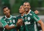 Vitor Hugo comemora gol com cambalhota e avisa: