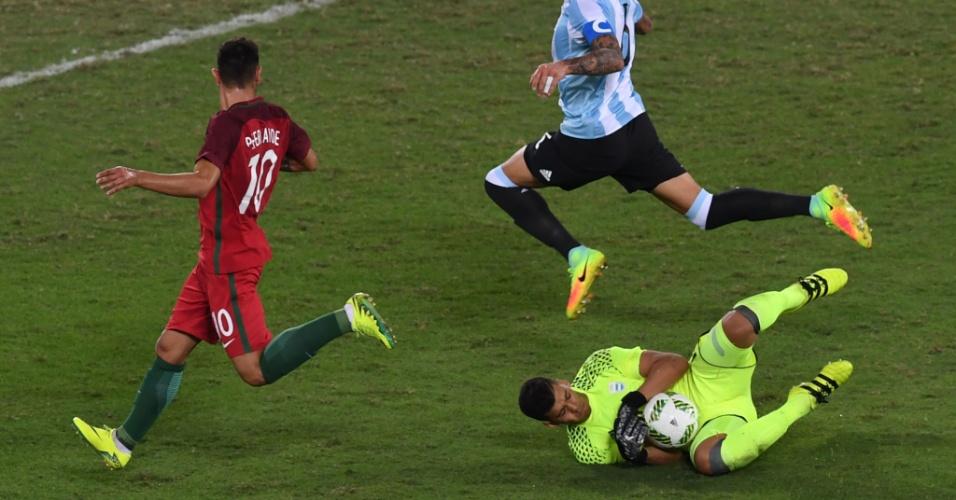Geronimo Rulli faz defesa na estreia da seleção argentina pela Olimpíada