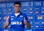 Denílson mal chegou ao Cruzeiro e já pensa em ampliar período de empréstimo - Washington Alves/Light Press/Cruzeiro