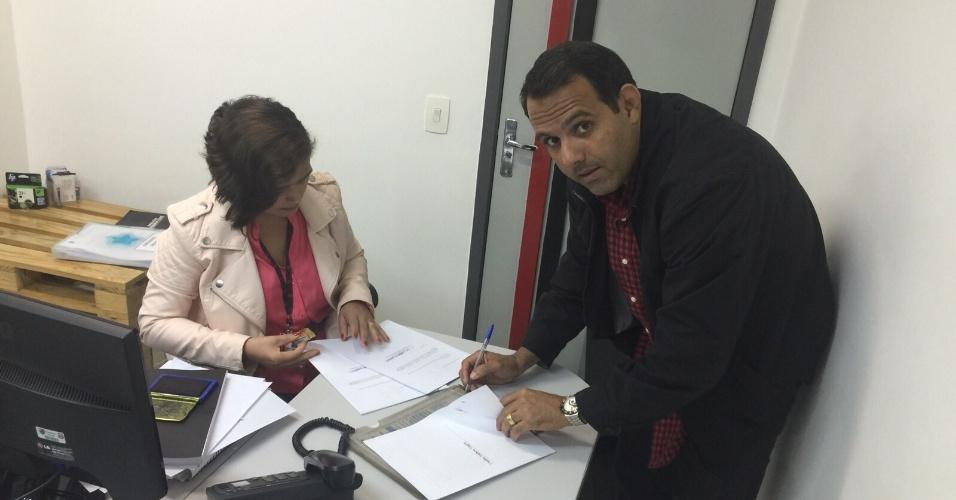 Cacau Cotta inscreve a Chapa Branca para a eleição presidencial do Flamengo