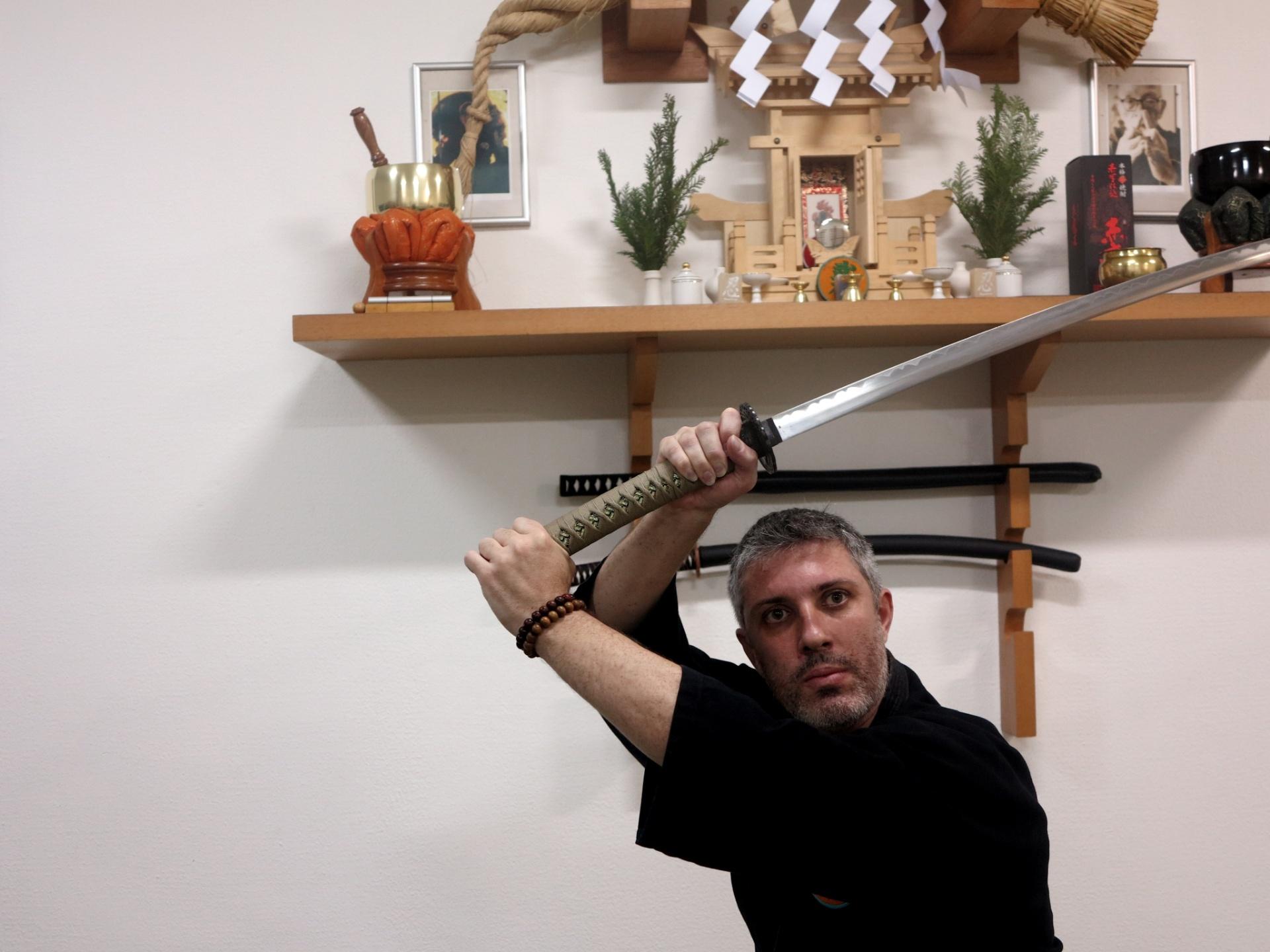 Fernando Cardoso é ninja há 28 anos e ministra curso em São Paulo