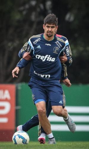 Leandro Almeida em treinamento pelo Palmeiras