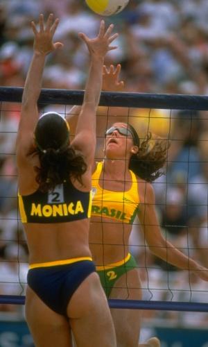 Final olímpica entre brasileiras resume bem a moda do uniforme em 1996