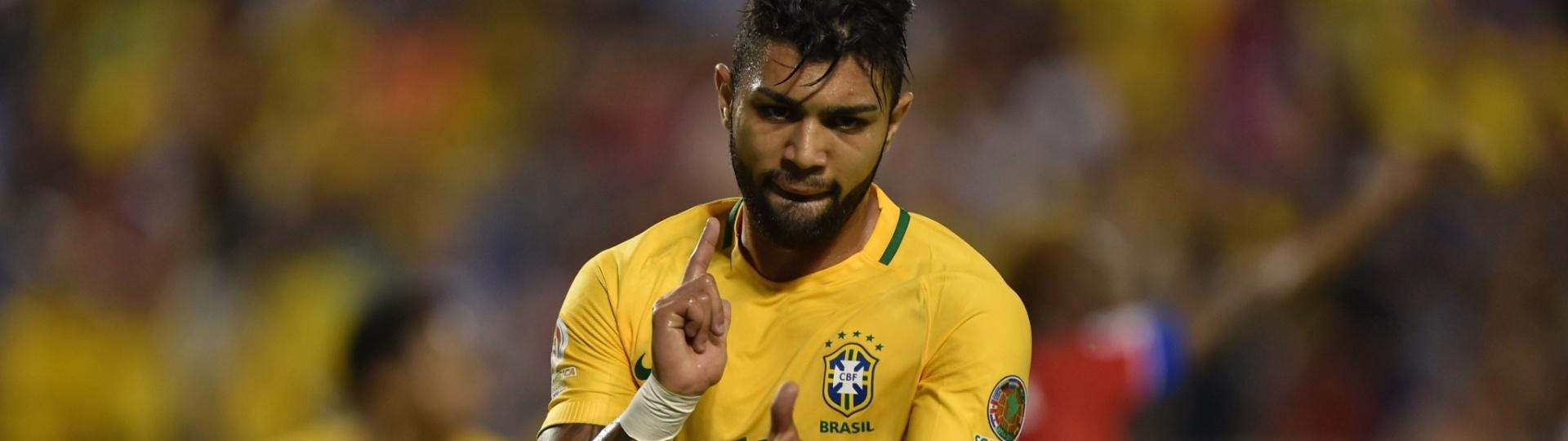 Gabigol comemora o quarto gol do Brasil diante do Haiti na Copa América Centenário