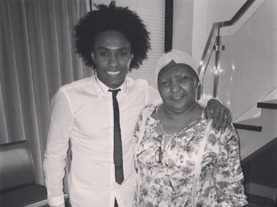 Willian mãe Dona Zezé seleção brasileira
