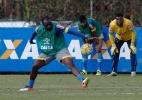 Fora há mais de três meses, Manoel aguarda chance no Cruzeiro de Bento