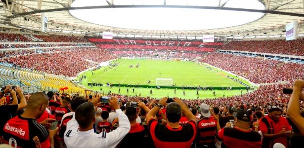 A torcida do Flamengo lotou o Maracanã na volta do time ao palco preferido