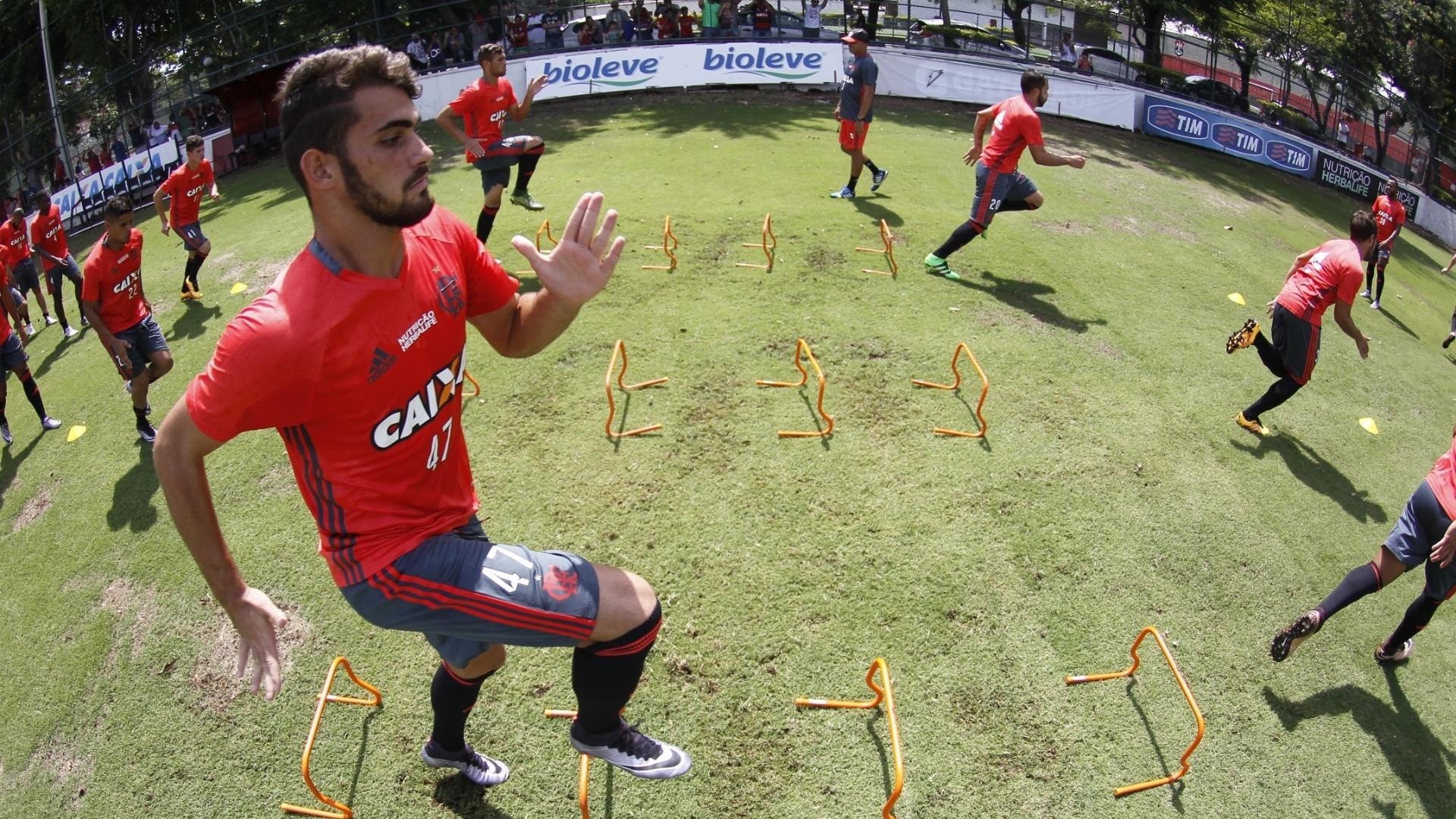 Craque da última Copinha, Felipe Vizeu recebeu grande oportunidade no Flamengo