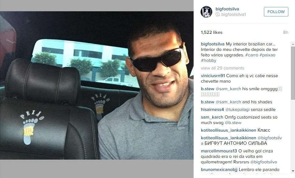 Pezão mostra customização de seu carro nas redes sociais