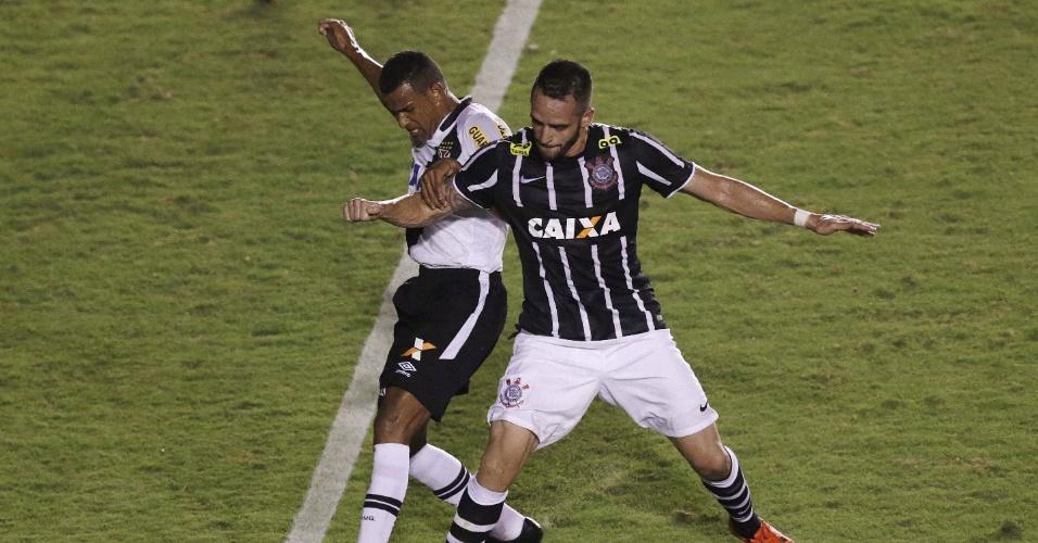 Renato Augusto divide com Serginho na partida entre Corinthians e Vasco
