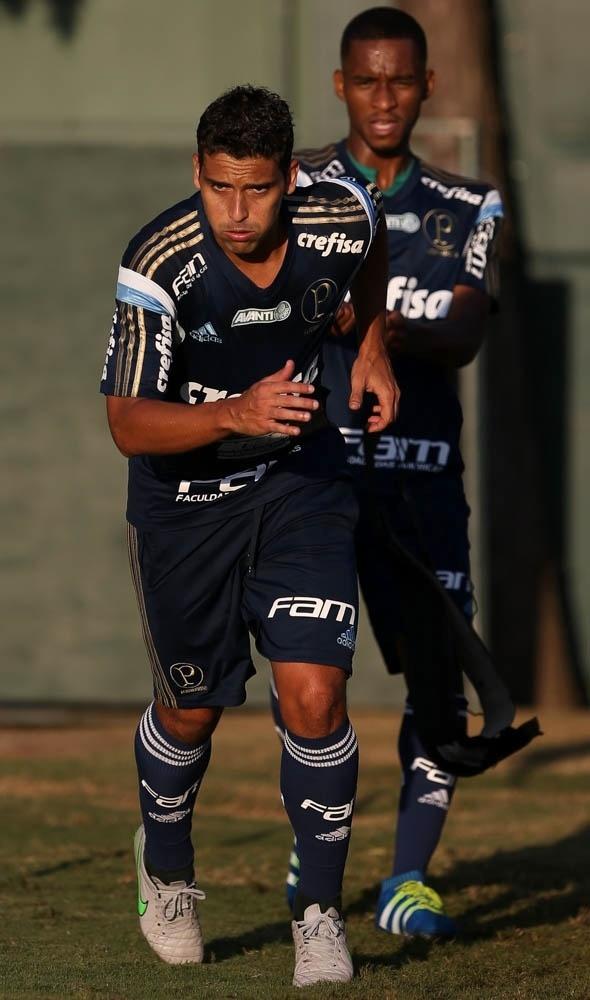 Jean e Matheus Sales participam de treino físico no Palmeiras