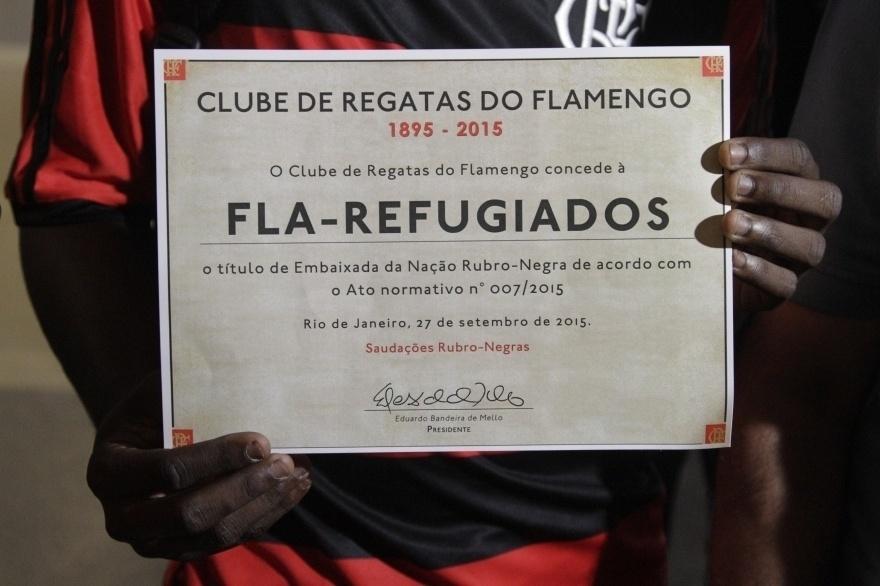 Flamengo oficializou torcida Fla-Regufiados, composta majoritaramente por imigrantes africanos, como embaixada do clube