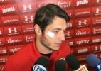 Denis treina no SP após levar quatro pontos no rosto: 'Lance de jogo'