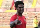 Ex-Flamengo relata tensão vivida com exército antes de partida na Turquia