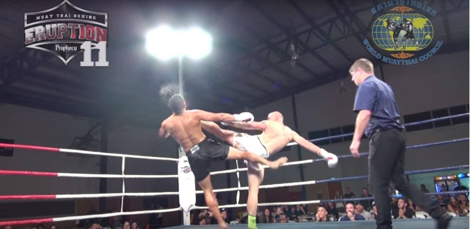 Daniel Valvsaga x Dejan Ross em luta no evento Eruption 11, na Austrália