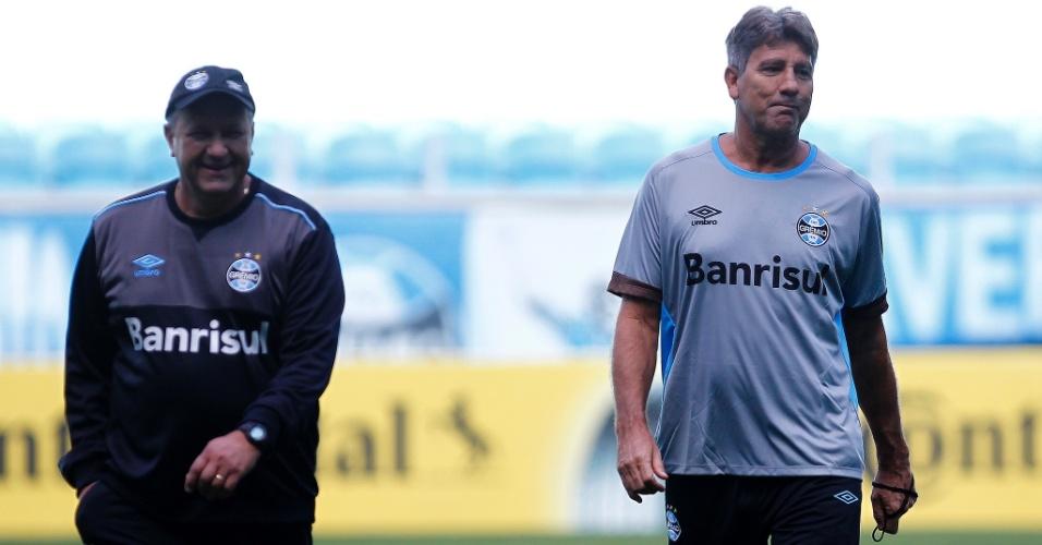 Renato Gaúcho deixa campo da Arena em sua terceira passagem no comando do Grêmio