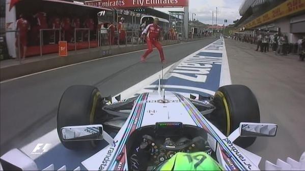 Massa quase atropela chefe da Ferrari durante treino da Áustria