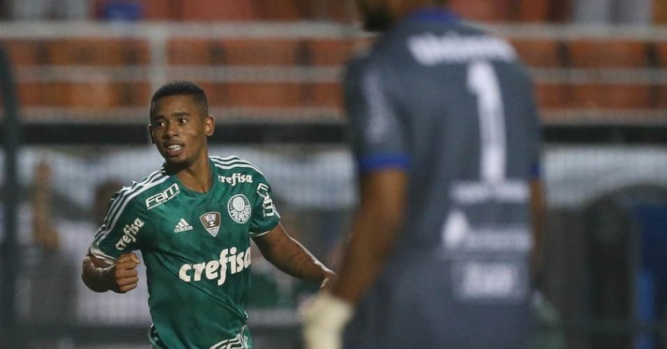 Gabriel Jesus comemora gol marcado pelo Palmeiras contra o São Bento, no empate por 2 a 2