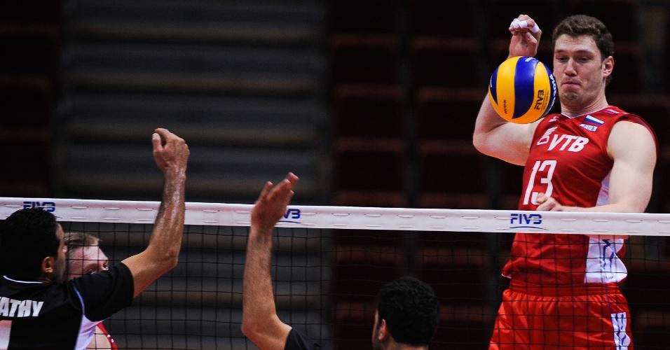 Dmitriy Muserskiy, da Rússia, contra o Egito, pela Liga Mundial 2014