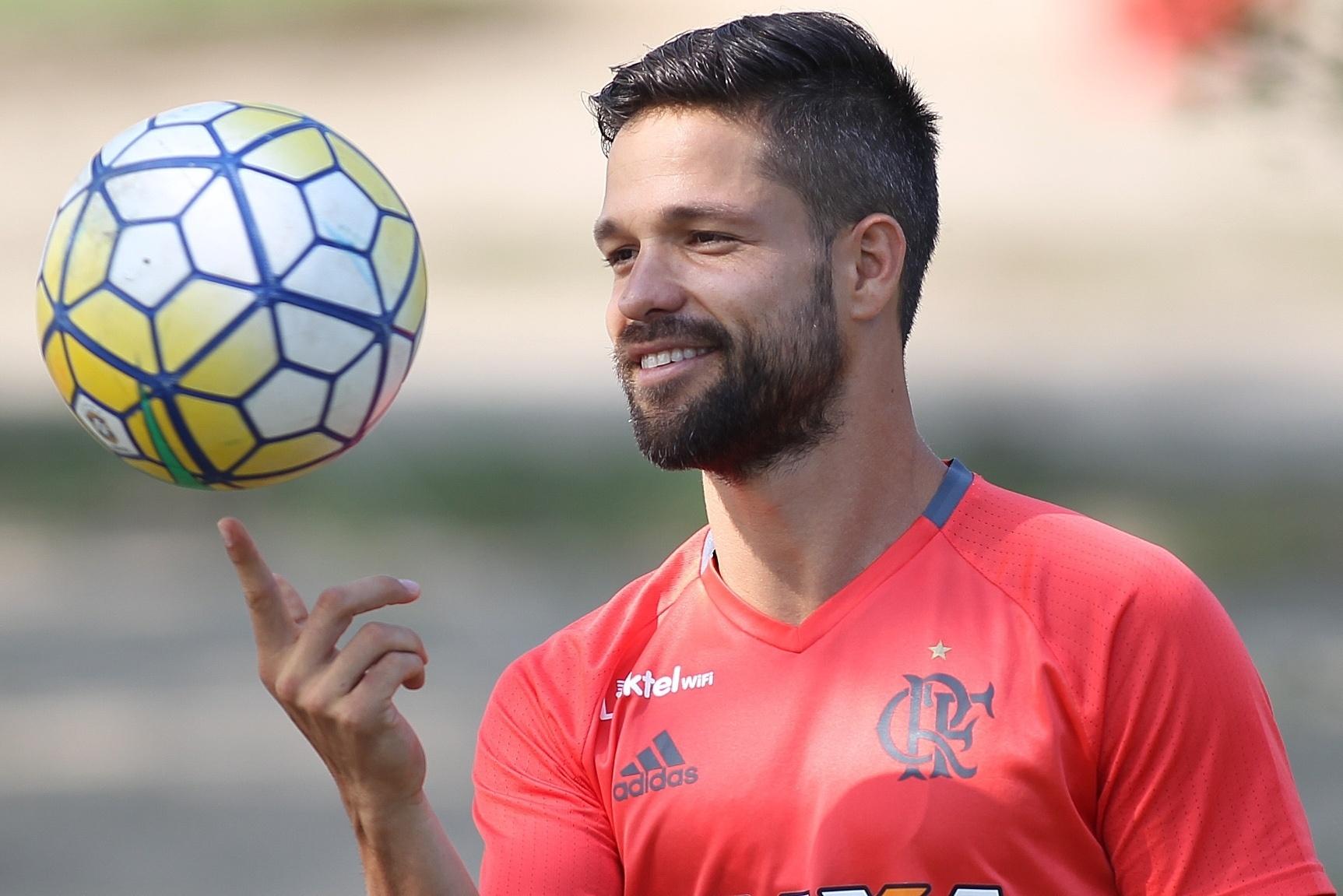 O meia Diego está pronto para estrear pelo Flamengo após um mês de treinamentos