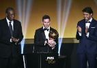 Barcelona tentou impedir que Kaká premiasse Messi, diz jornal