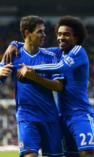 Willian e Oscar, do Chelsea: dupla perdeu espaço com técnico Antonio Conte