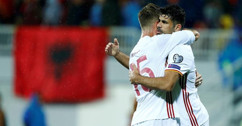 Diego Costa comemora após marcar pela Espanha contra a Albânia pelas Eliminatórias