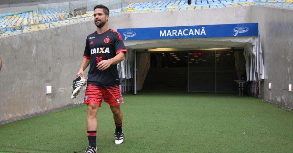 O meia Diego em sua primeira vez com o Flamengo no Maracanã