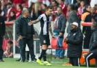 L. Lima esbraveja após vitória com gol perigoso: