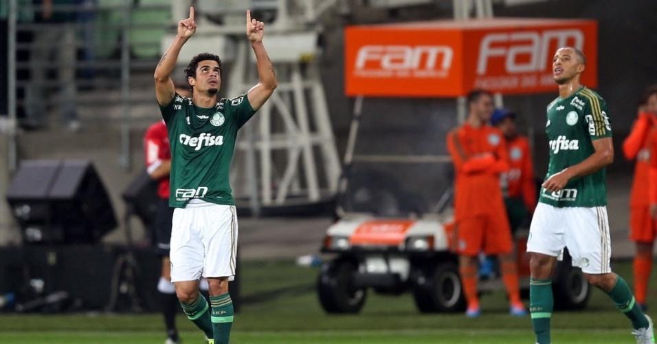 Egidio comemora gol do Palmeiras contra a Chapecoense