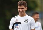 Dorival faz último teste com Vitor Bueno, mas meia segue como dúvida