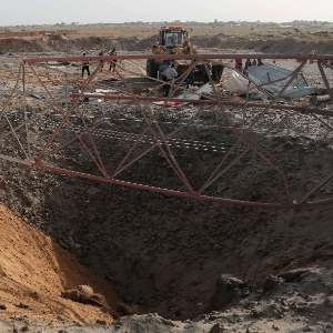 Exército de Israel confirmou o ataque a quatro alvos após o disparo de um foguete do enclave palestino