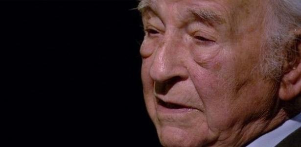 O polonês Chaim Ferster, 93, escapou da morte em oito campos de concentração nazistas durante a Segunda Guerra Mundial