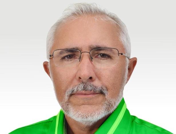 Padre  Eraldo enfrenta igreja para ser prefeito e diz que separar fé e política cria alienados