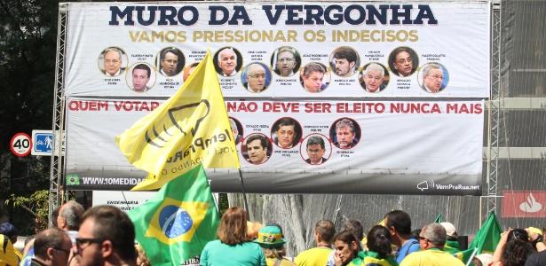 Manifestação em apoio ao juiz Sergio Moro e a operação Lava Jato na Avenida Paulista, em São Paulo, em novembro