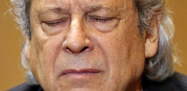 Ontem, Dirceu foi interrogado pela CPI da Petrobras, mas optou por não falar