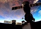 Cosmonautas russos vão cultivar pimentões na Estação Espacial Internacional - Scott Kelly/Reprodução Twitter